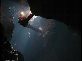 Caving Experience (7-12 people)